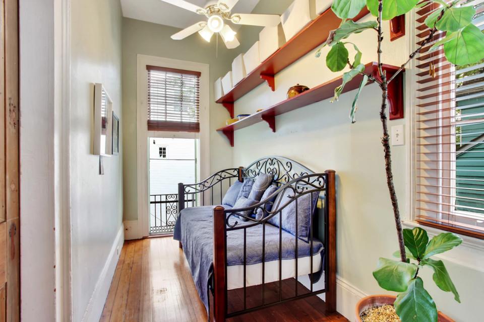 9 - Smaller Bedroom