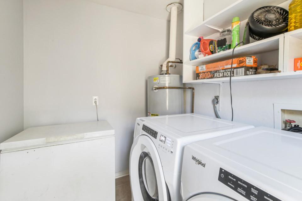 10 - Laundry