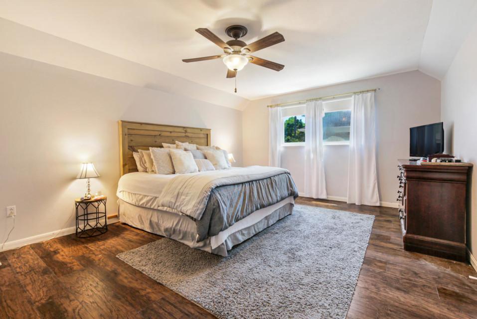 14 - Master Bedroom