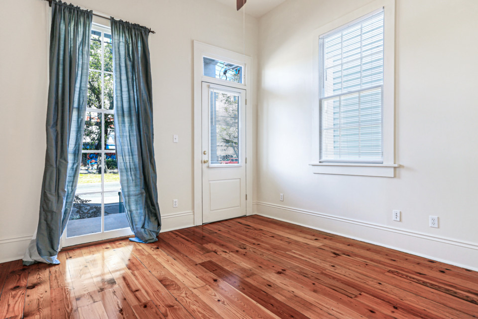 3 - Front Room/Bedroom