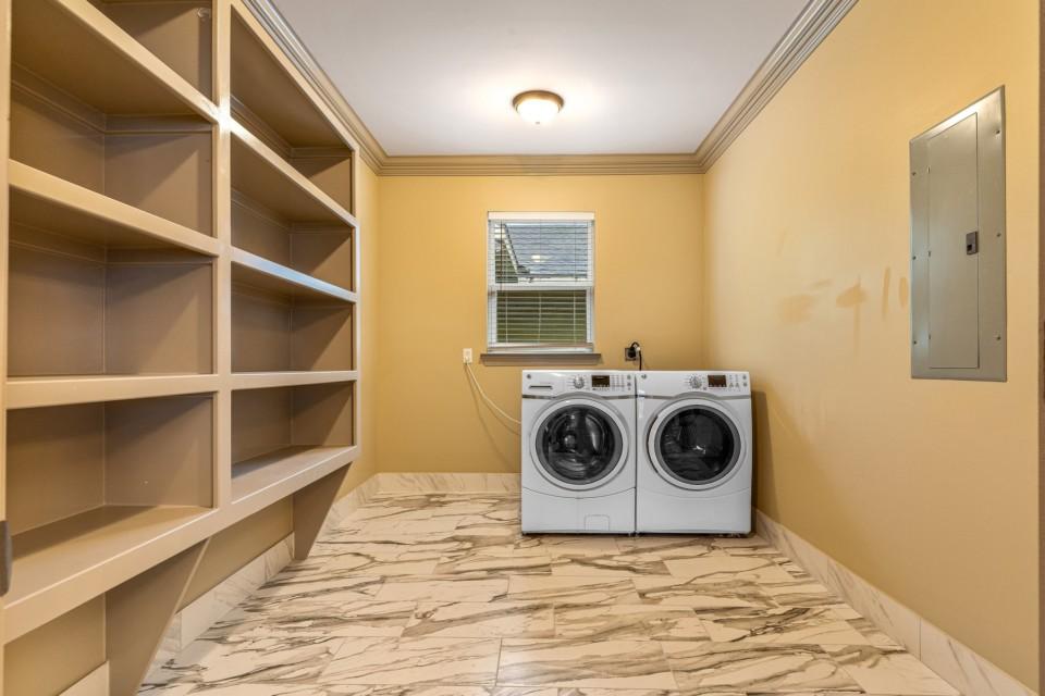 12 - Laundry Utility Room