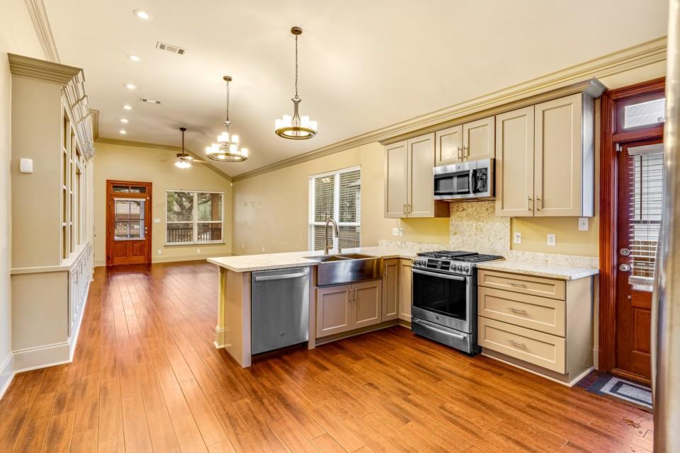 4 - Kitchen & Liv/Din